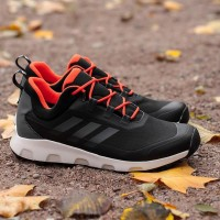 кроссовки adidas TERREX Voyager CLIMAWARM (Water Resistant) art. S80799